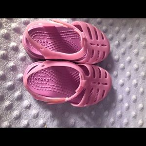 NWOT Crocs Toddler Sandals in Pink/Purple Size 6